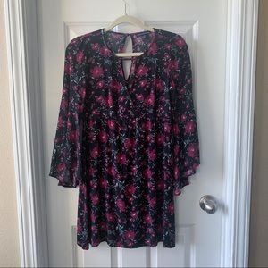 American Eagle black & pink floral tunic top